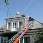 Rozbiórka dachu pokrytego eternitem