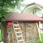 Dom jednorodzinny i altanka