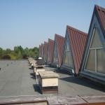 Szkoła w Ozimku 2011 -blachodachówka, ocieplenie dachu